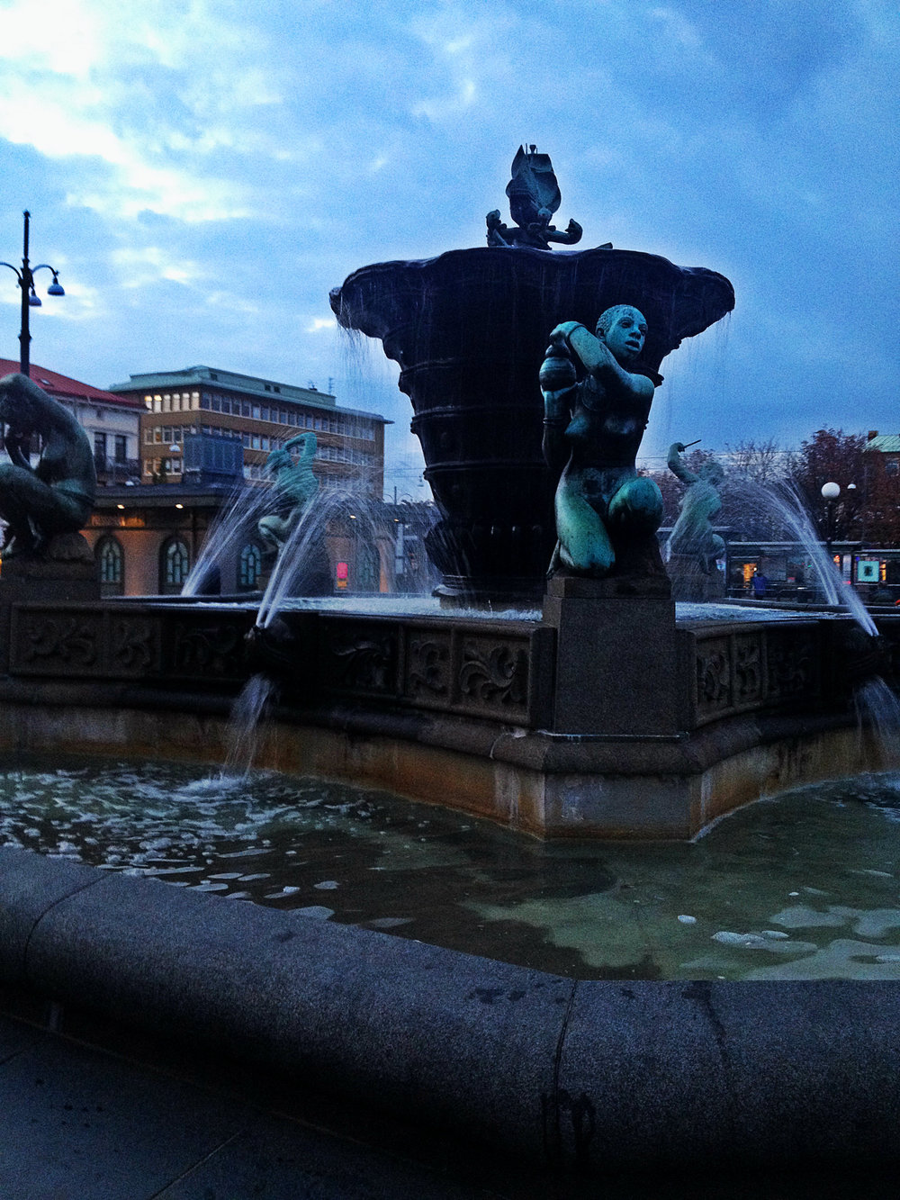 Gothenburg Fountain | Tall GIrl Meets World