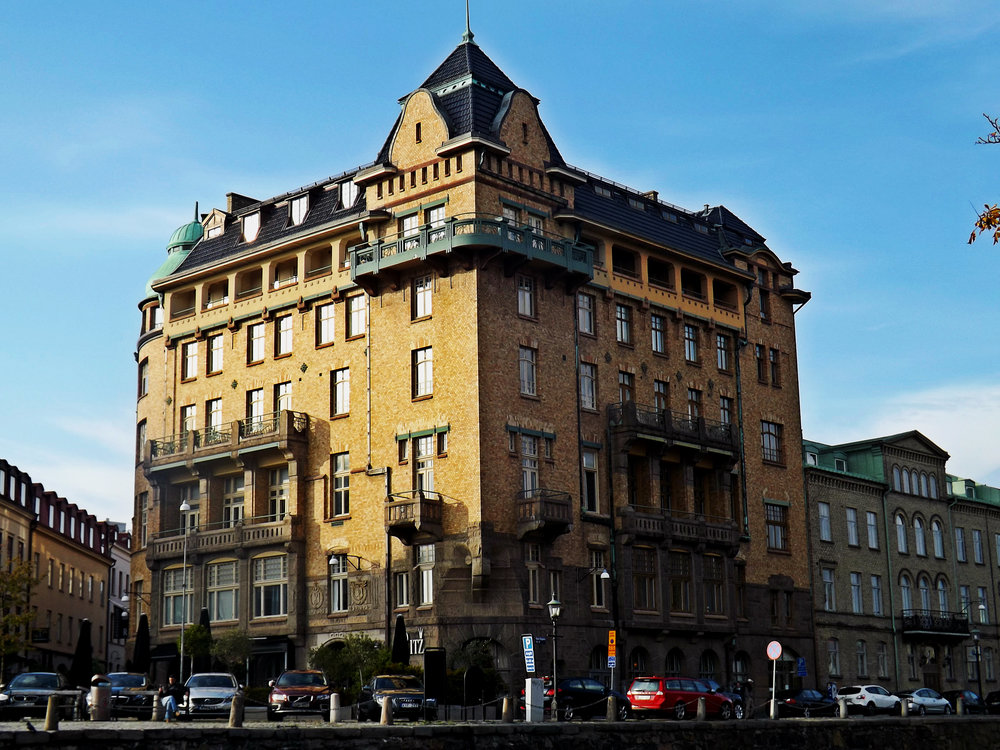 Gothenburg Building on Canal | Tall Girl Meets World