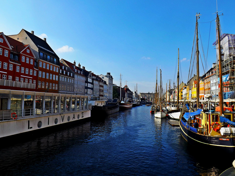 Nyhavn and Canal | Tall Girl Meets World