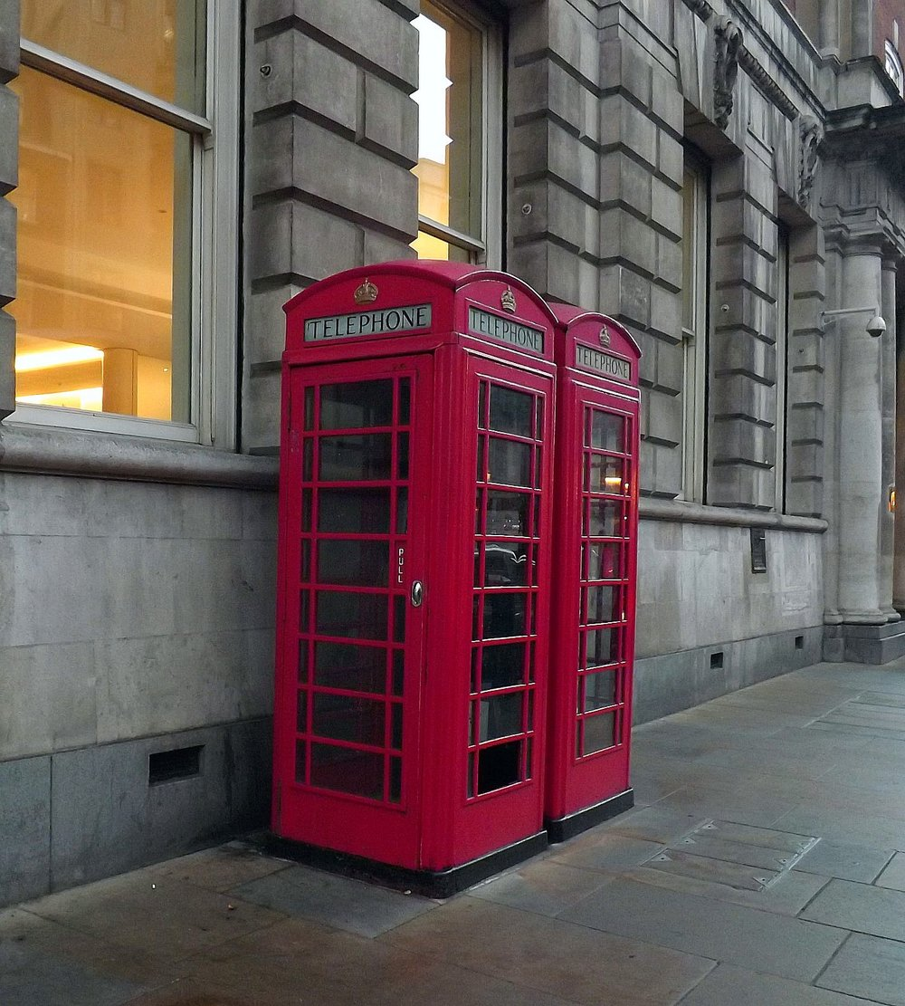 Red Phone Booths in London | Tall Girl Meets World