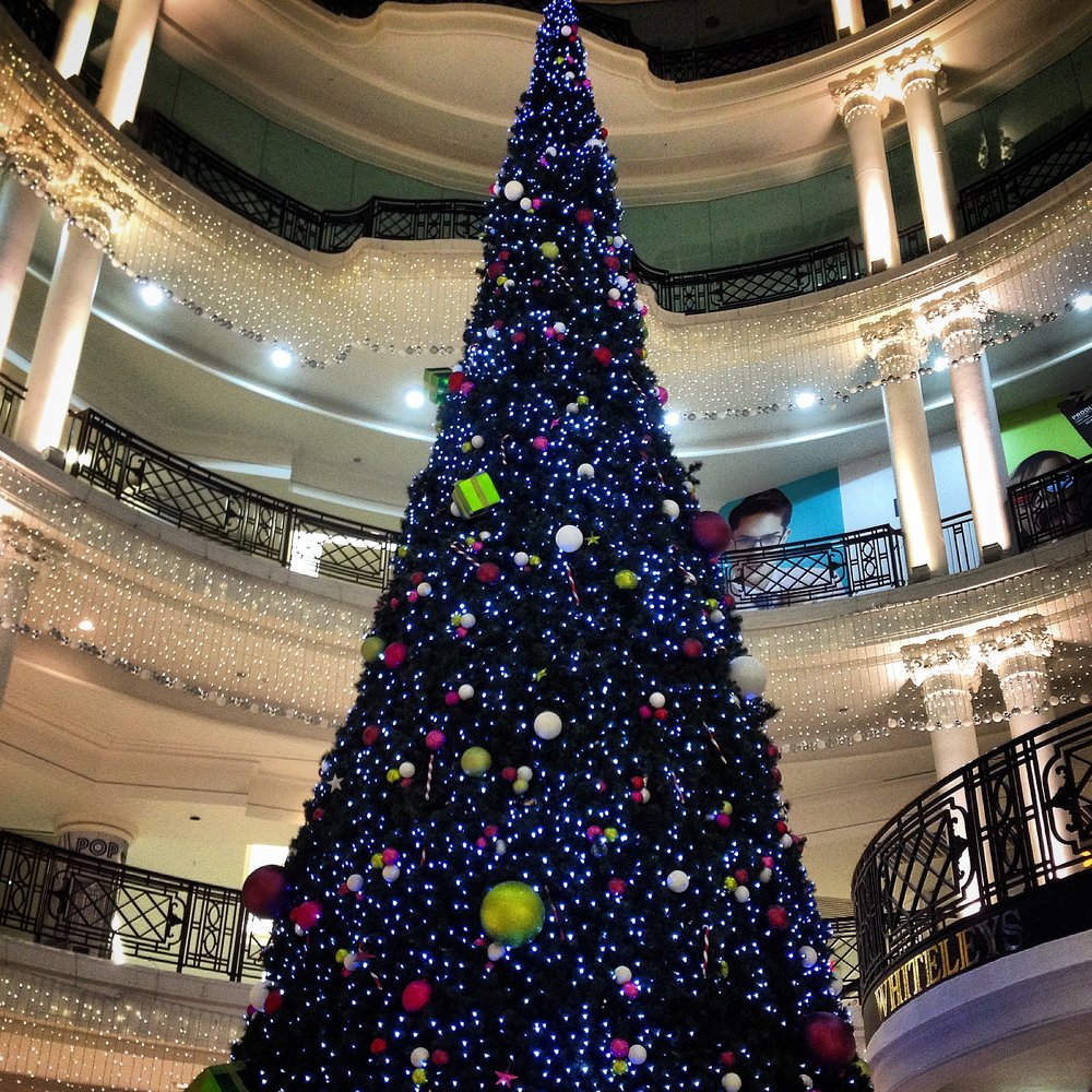 Christmas Tree in Shopping Mall | Tall Girl Meets World