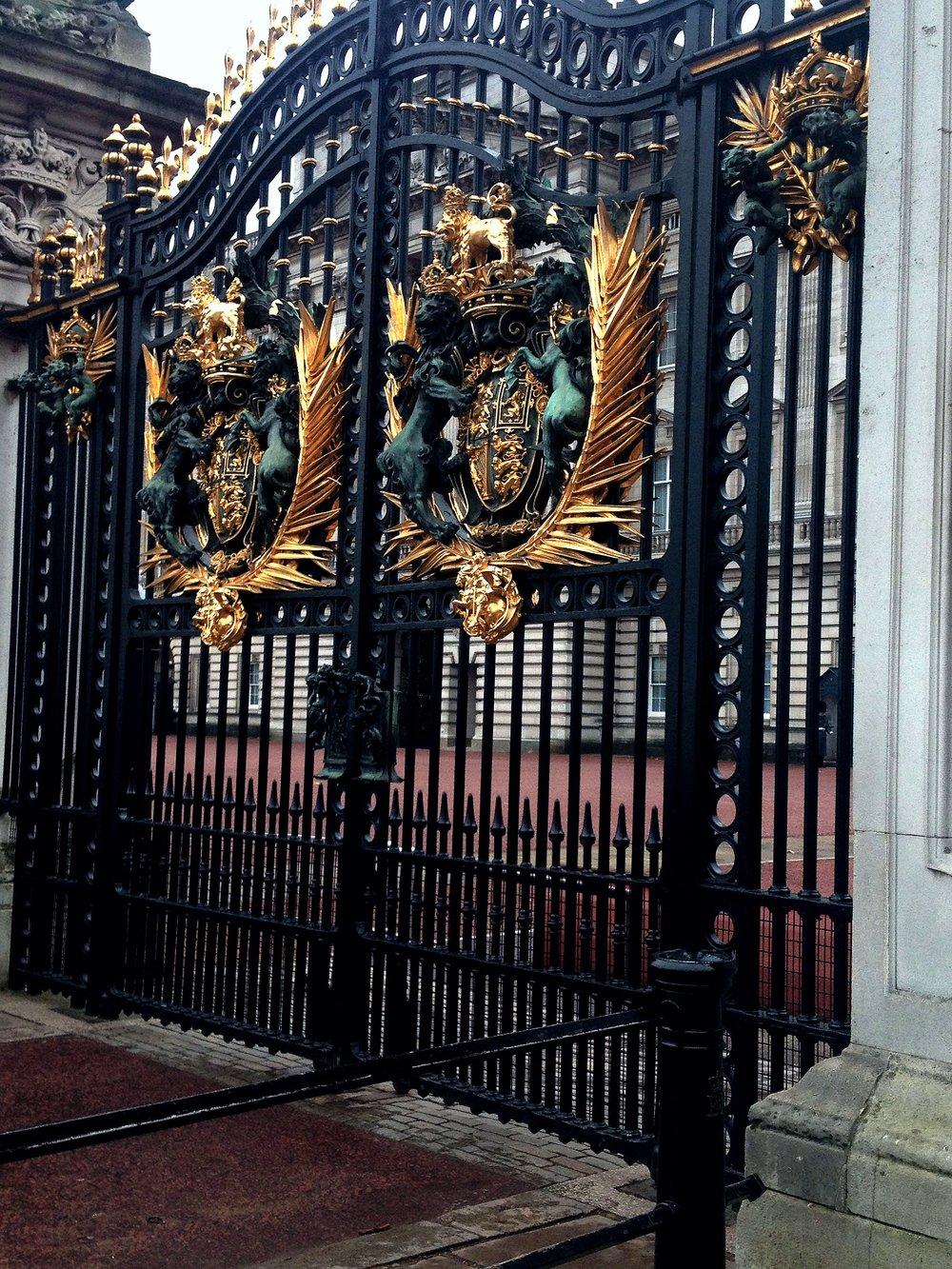 Gates to Buckingham Palace | Tall Girl Meets World