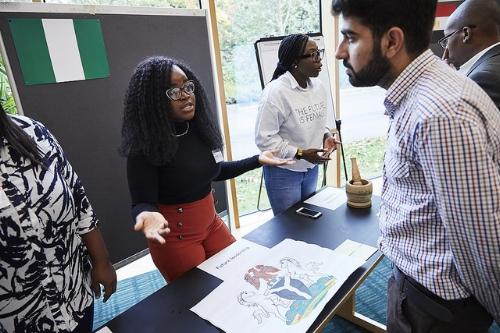 Day 2: Explaining leadership skills through Nigerian artifacts