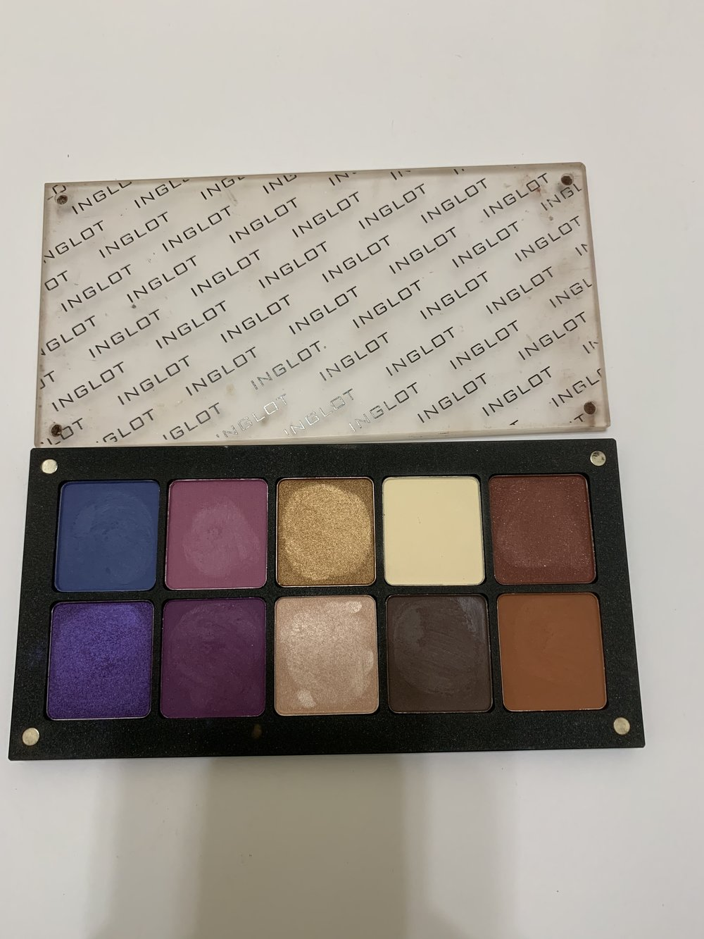 Inglot Shadow Palette-gently used-$20