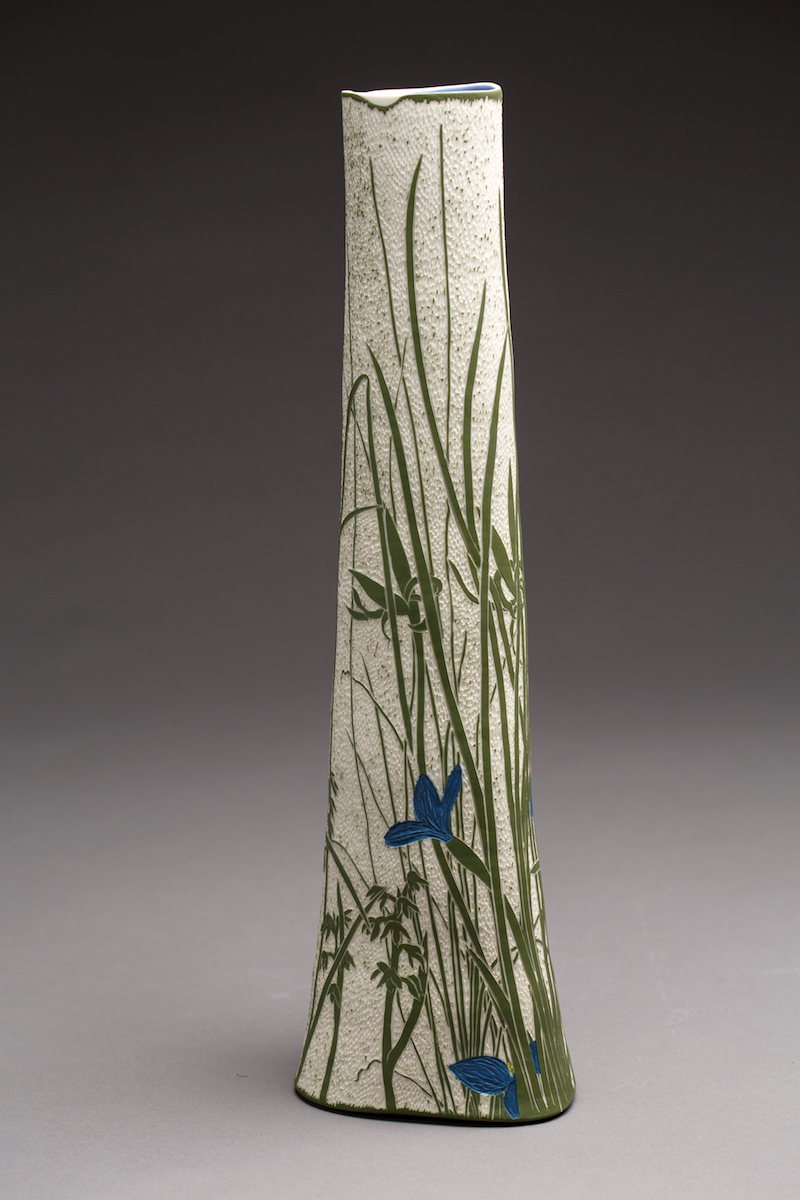 Swamp Iris with Green Midge Orchid , 2018, Porcelain, 44.7h x 14.2w x 12.1d base cm.  Image: Andrew Sikorski-Art Atelier