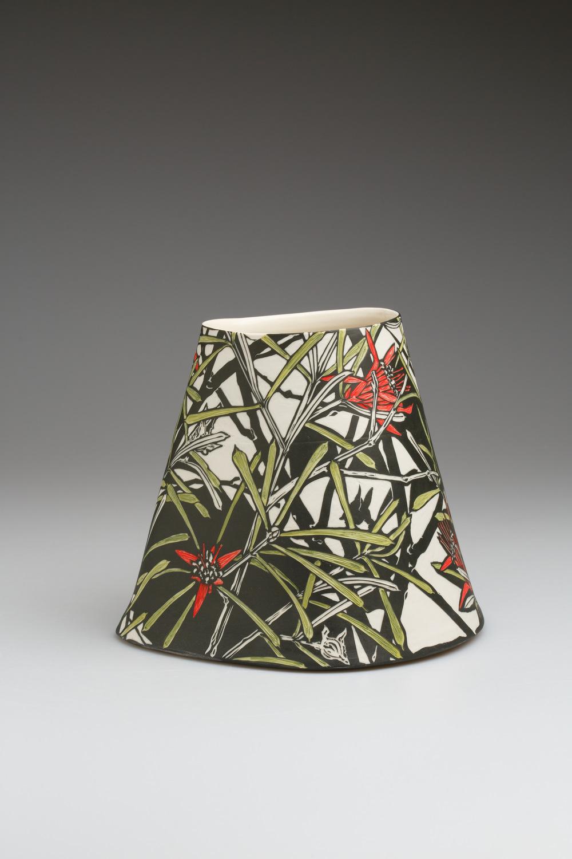 Mountain Devil , 2018. Porcelain, 19.5h x 220w x 20.8d cm  Image: Art Atelier