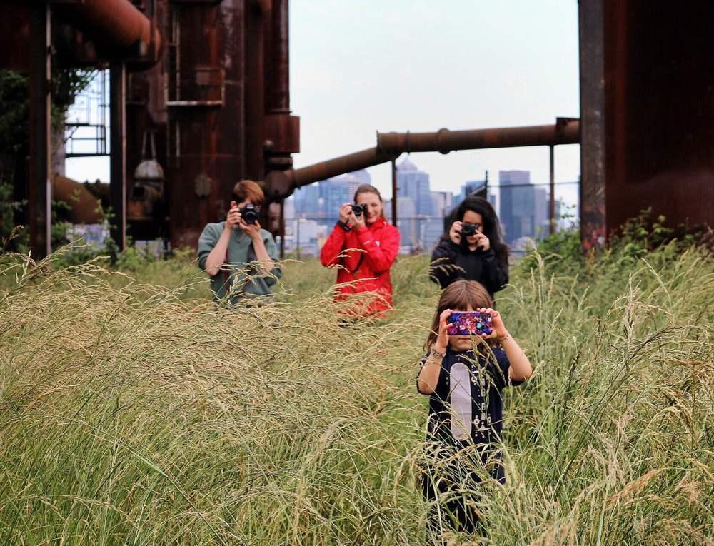 @yomichaela Instagramers in the wild 🌾