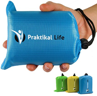 Praktikal Life Picnic blanket The Best Last Minute Holiday Gifts for Women Who Love Travel