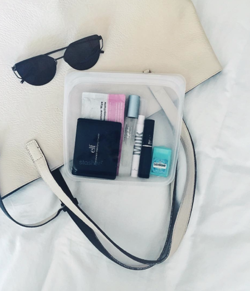 The Best Last Minute Holiday Gifts for Women Who Love Travel Stasher plastic bag