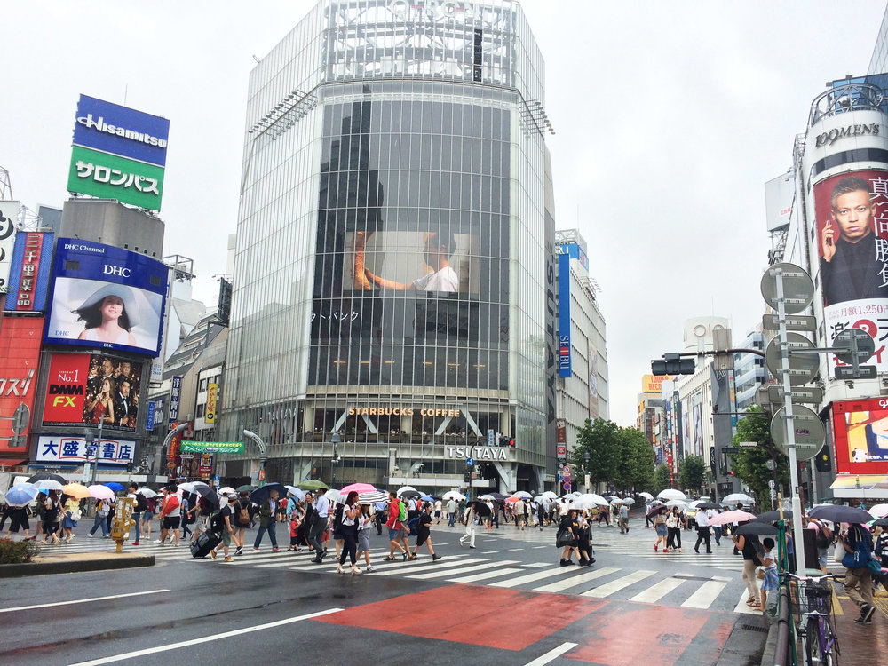 World's busiest pedestrian crossing Tokyo Travel Women Guide