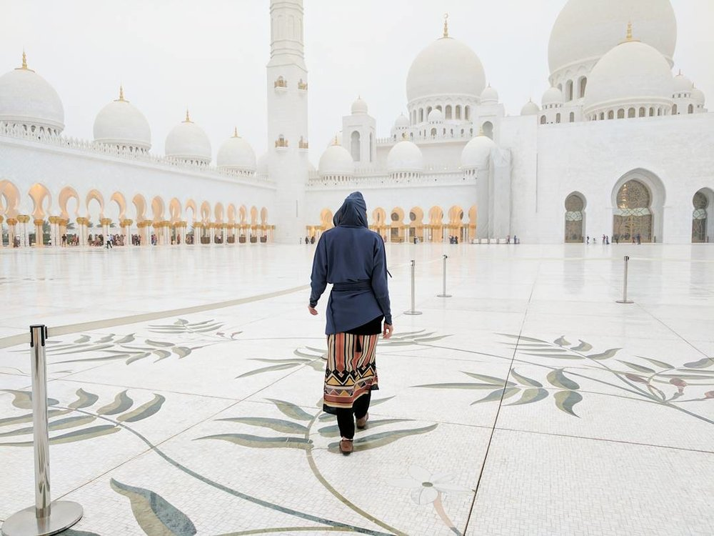 11 Things to do in Abu Dhabi The Travel Women Grand Mosque