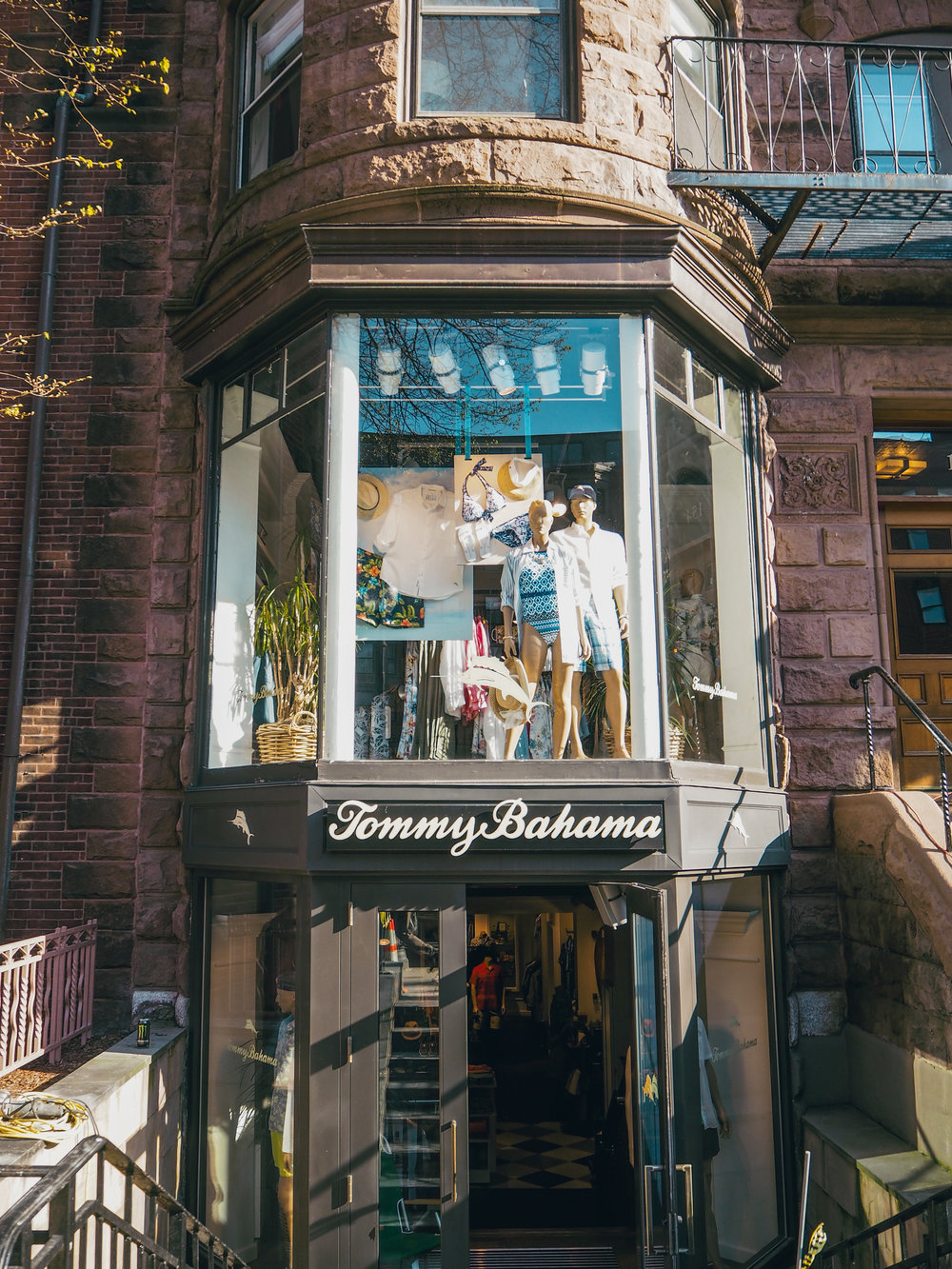 Where to shop in boston The Travel Women Tommy Bahama Newbury Street