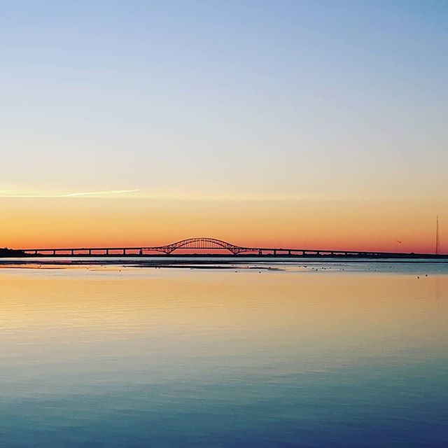 Have a Beautiful Day!  #justkeeppaddling #liny #mermaidlife #fireislandinlet #carpediem #sunrise