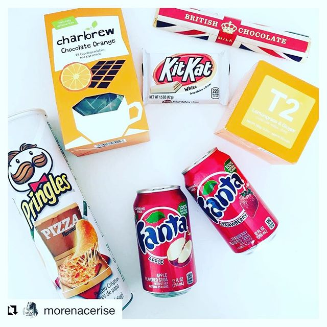 #Repost @morenacerise ・・・ Goodies from london 🇬🇧 Le weekend s'annonce healthy 😋  #wheninlondon #goodies #healthyfood #healthydiet #kitkatwhite #chocolatelover #britishchocolate #fantaapple #fantastrawberry #🍓 #🍎 #pringlespizza #charbrew #t2tea #lemongrass #ginger #chocolateorange #loquecomo #whatimeating #fatgirlproblems #fatgirlinside #fatgirlissues #cosasquemegustan #bloguera #trucsdefilles #girlyshit #march24