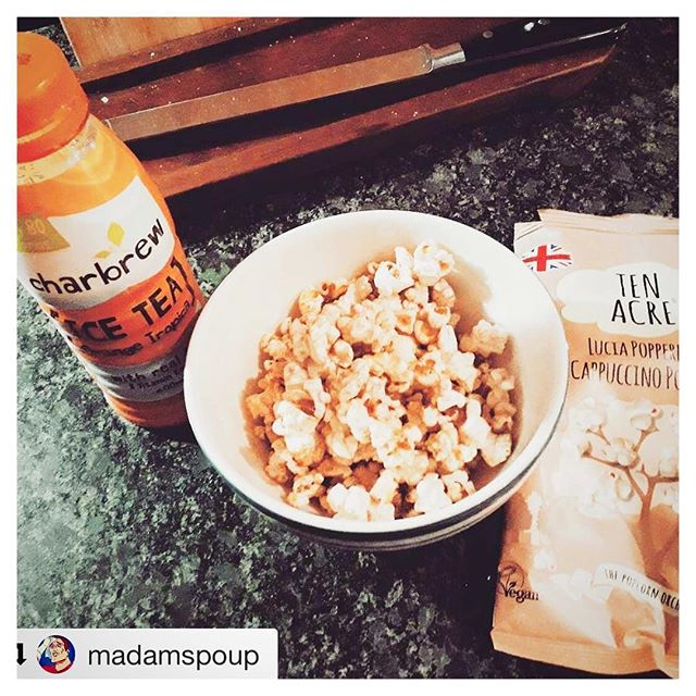 #Repost @madamspoup ・・・ Popcorn & tea for breakfast. #tea #icetea  #orangetea #charbrew #charbrewtea #popcorn #sweet #tasty #tastyfood #cappuccino #food #breakfast #tenacre