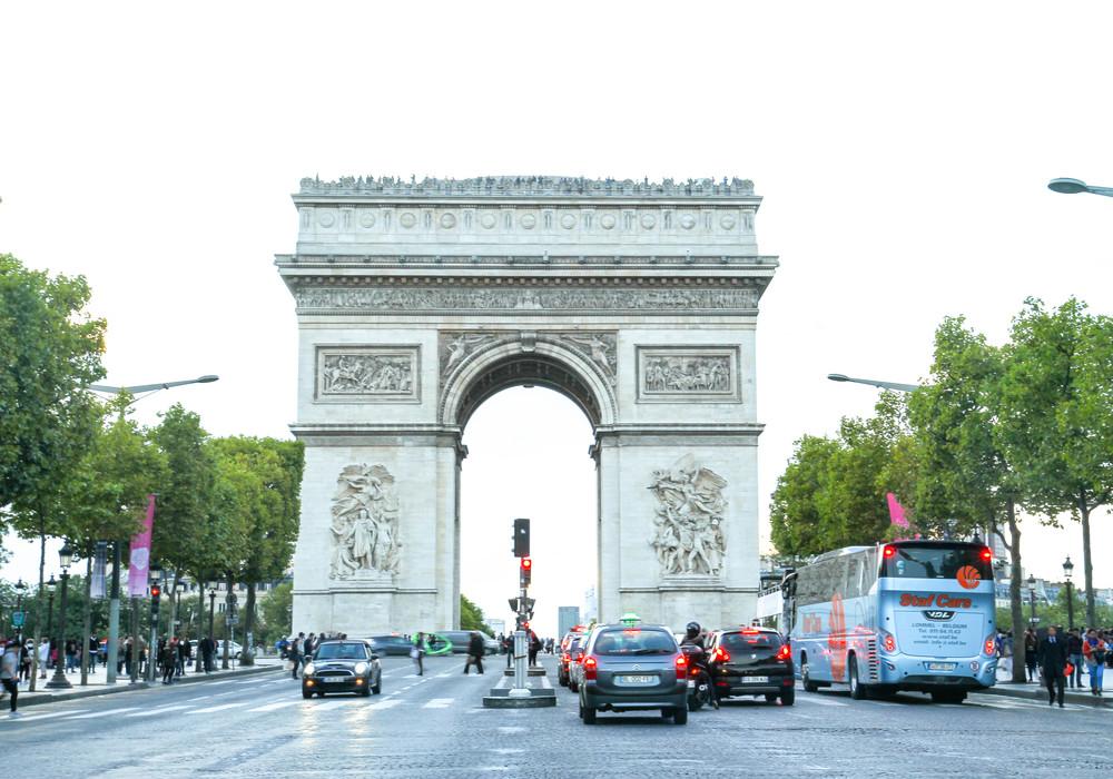 Arc de Triomphe (Khải Hoàn Môn)