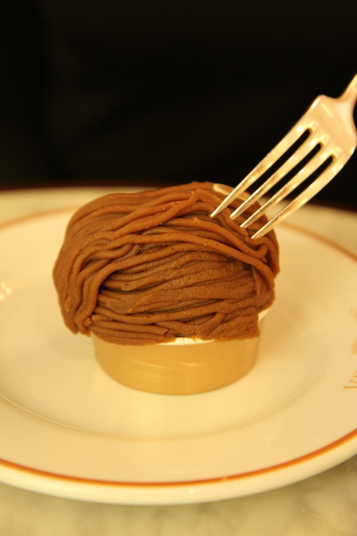 Bánh Mont Blanc ở Angelina