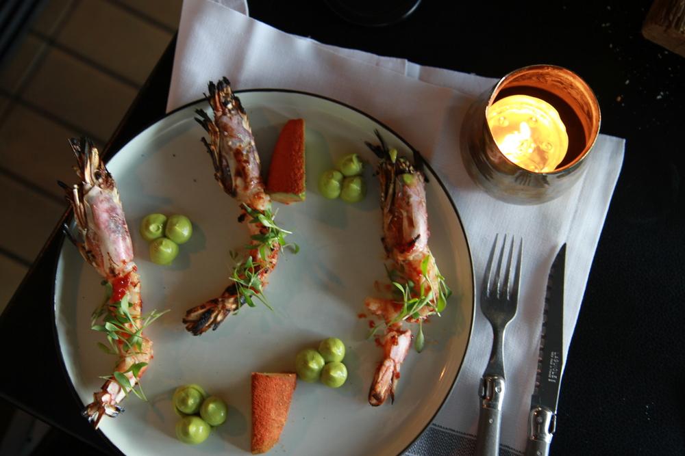 Wild shrimp with Spicy avocado and Baby cilantro (Tôm nướng với bơ cay và rau mùi)