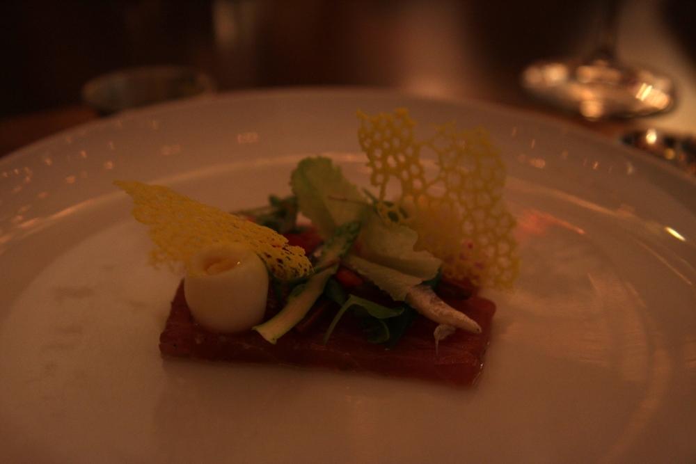 Tuna carpaccio | Gỏi cá ngừ thái lát (220.000 đồng)