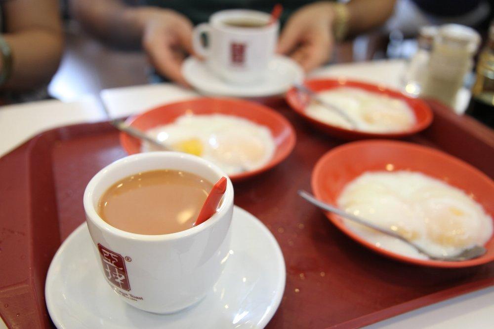Cà phê và trứng