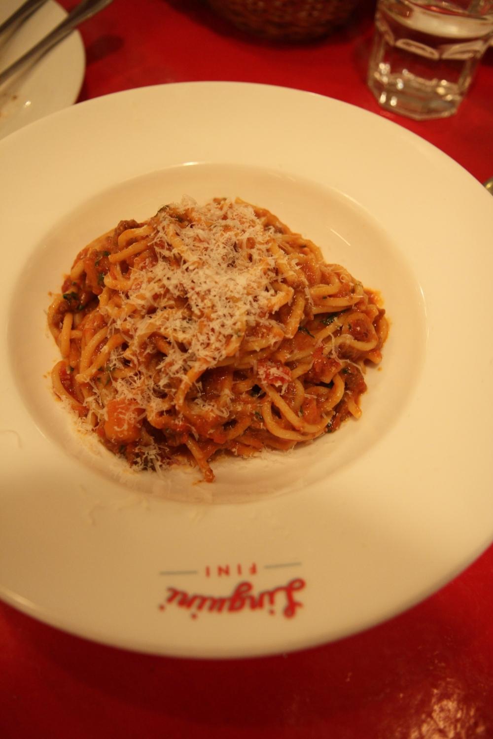 Spaghetti Bolognese (198.000 đồng) - Mì Ý bò băm