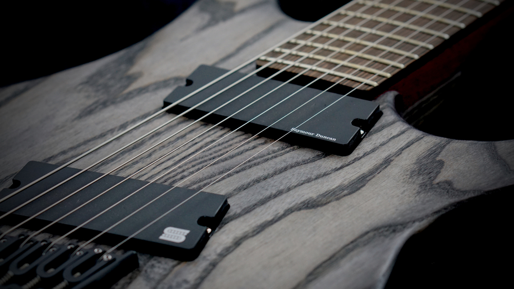 STRICTLY 7: Cobra S7 Fanned Fret