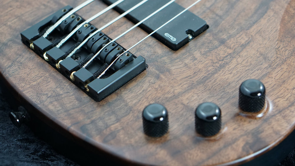 Bass_Walnut_5 - 9.jpg