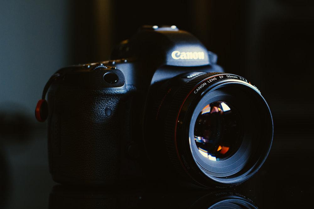 Canon full frame DSLR - 5D Mk3