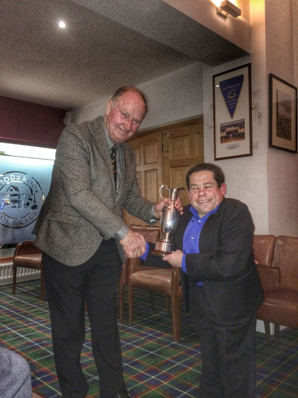 IGWA Chairman Dermot Gilleece presents Championship winner Paul Kelly with the Mary McKenna Trophy at Woodbrook Golf Club.