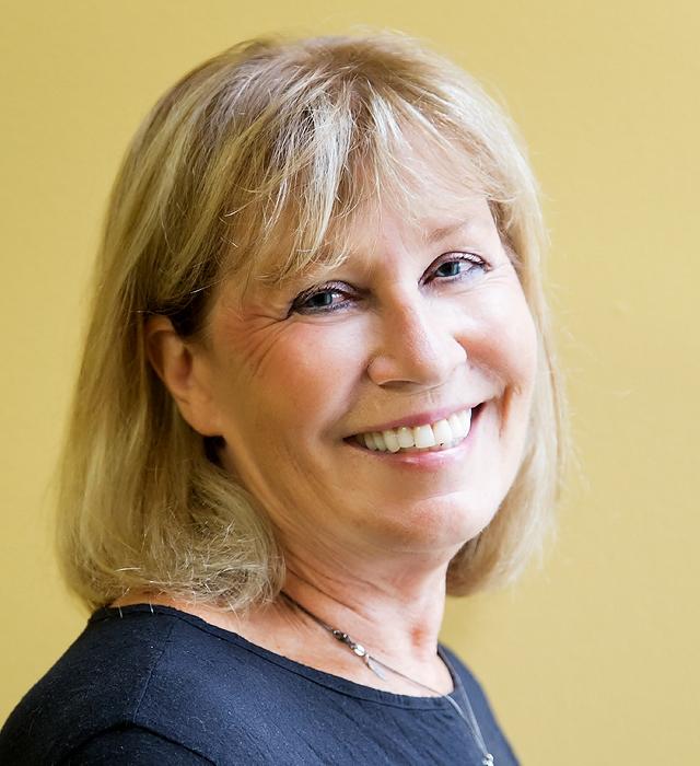 <b> Mary Lou Gleason </b> <br> English ACT®, Reading ACT® </br>