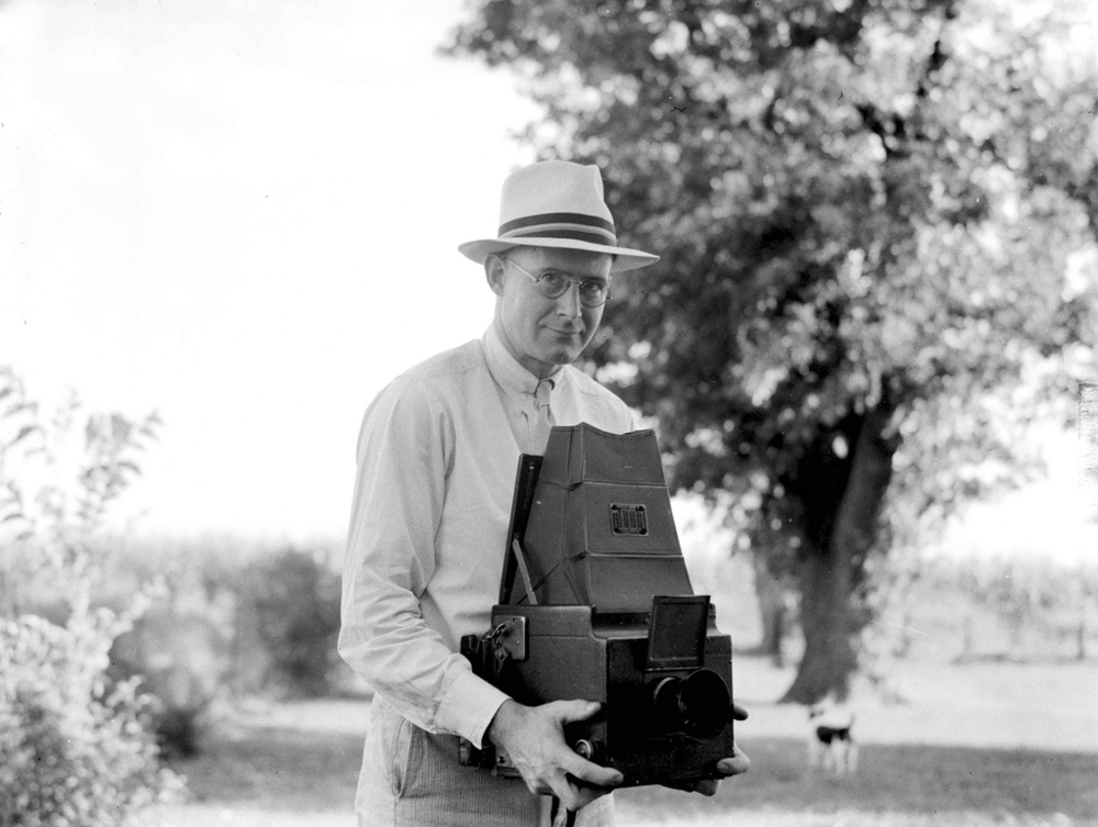 A photo of Pete with his camera.