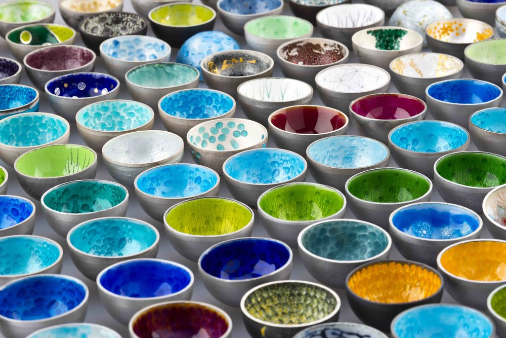 100_bowls_detail2_.jpg