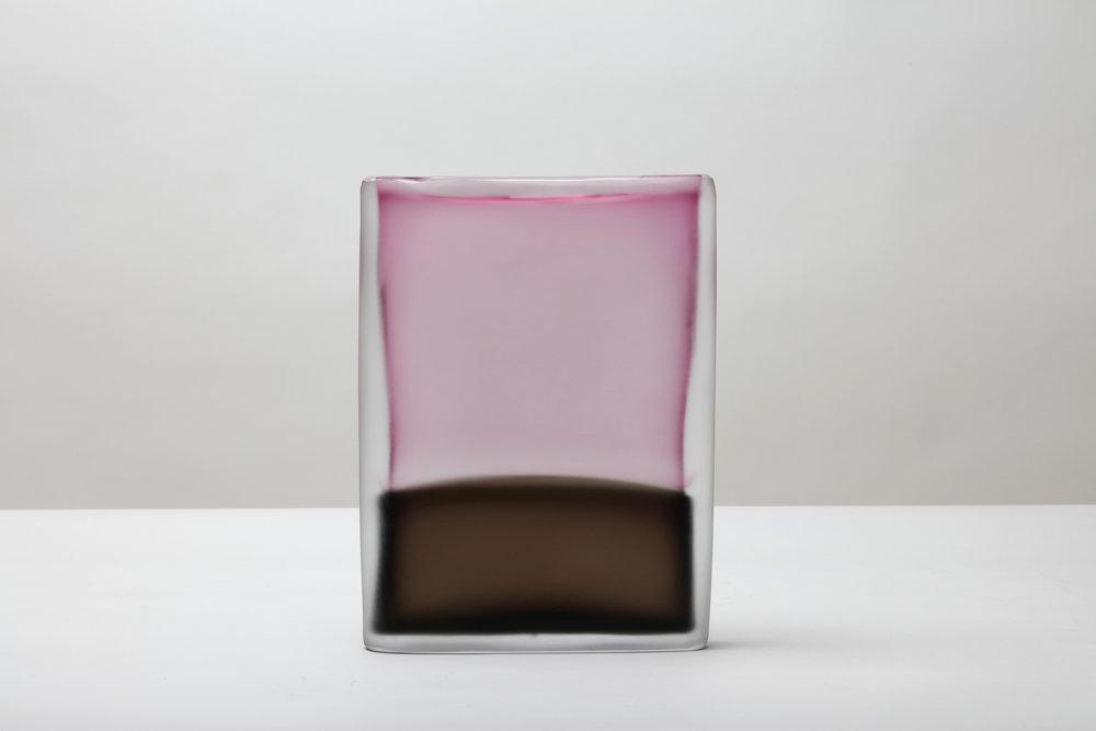 Laura de Santillana  Tokyo-Ga (Rubino - Terra d'Ombria),  2017 hand blown compressed shaped glass 12 x 9 x 2 in (30.5 x 23 x 5 cm)