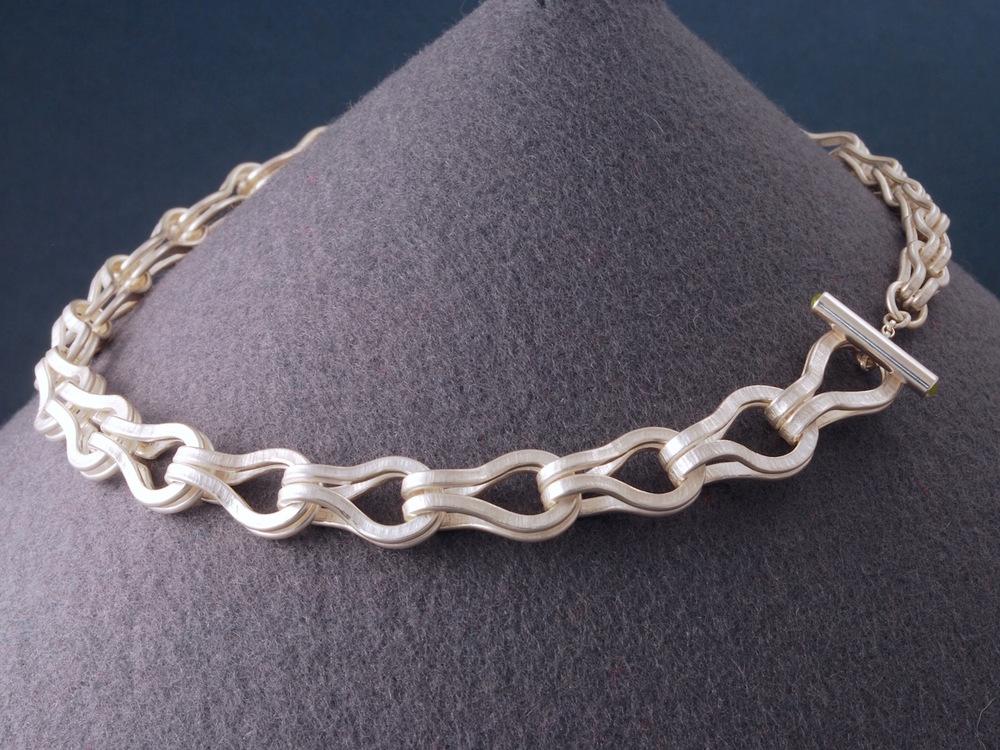 textured chain