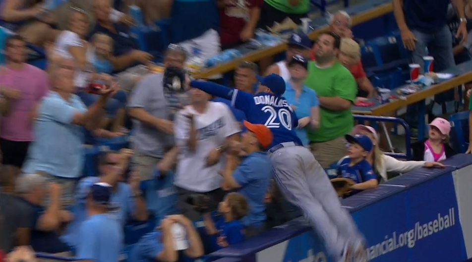 blue-jays-josh-donaldson-diving-catch-stands-video.png