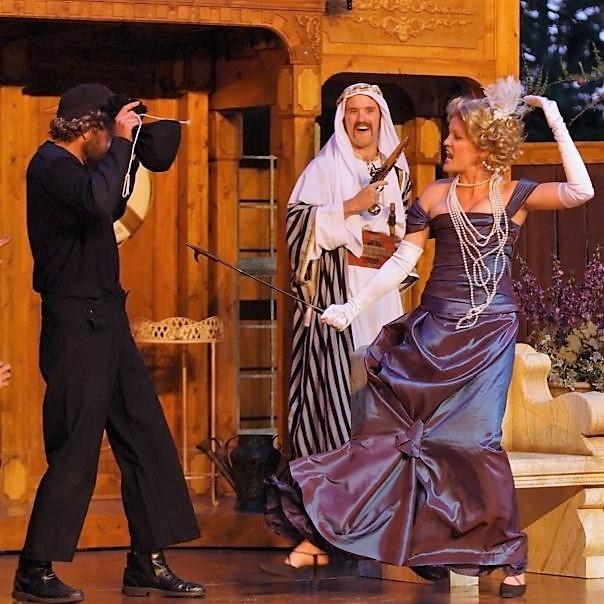 Burglar and Ariadne