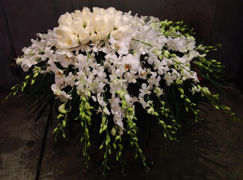 Casket sprays urban flowers casket spray mightylinksfo
