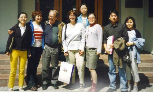 Peter Froning (third from left) with a visiting American friend and his Chinese students. Photo: Courtesy of Mary Froning