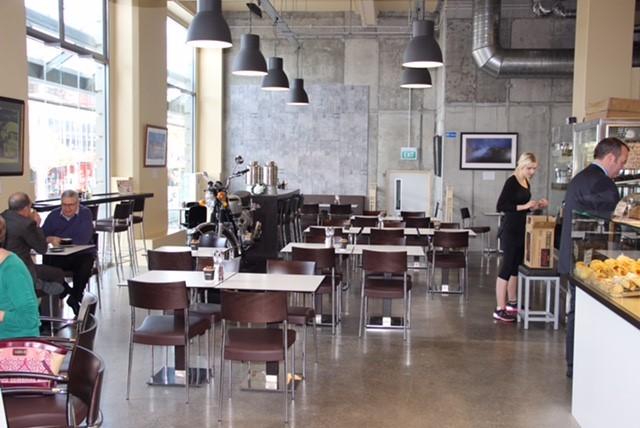 Adoro-Cafe-interior.jpg
