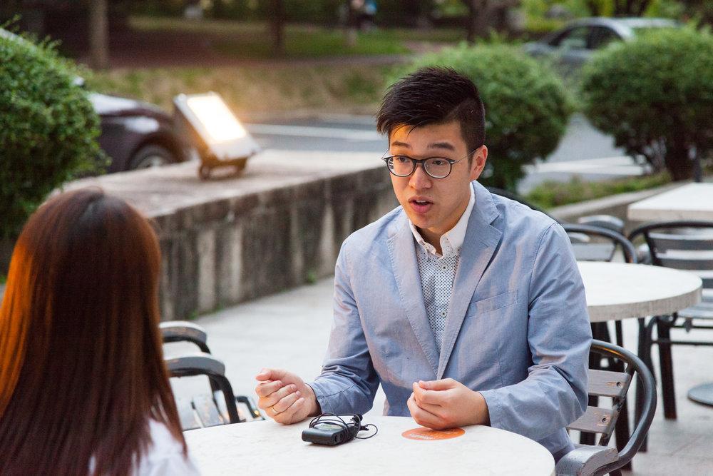 梁皓一在第一屆深港交流《同心耀中華 — 紫荊花開》與記者的訪問。