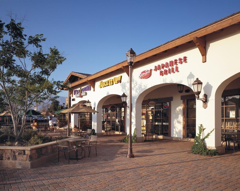 Henry's Farmers Market