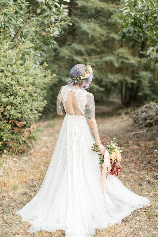 2017_wedding_edgy_bold_styled_shoot-17.jpg