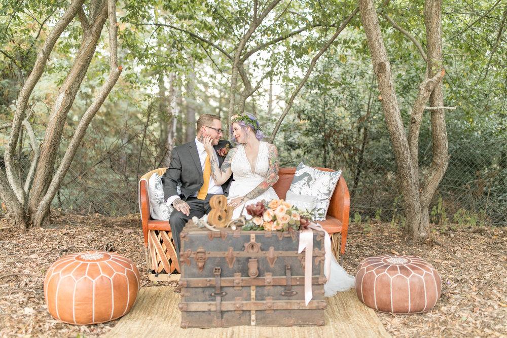 2017_wedding_edgy_bold_styled_shoot-25.jpg