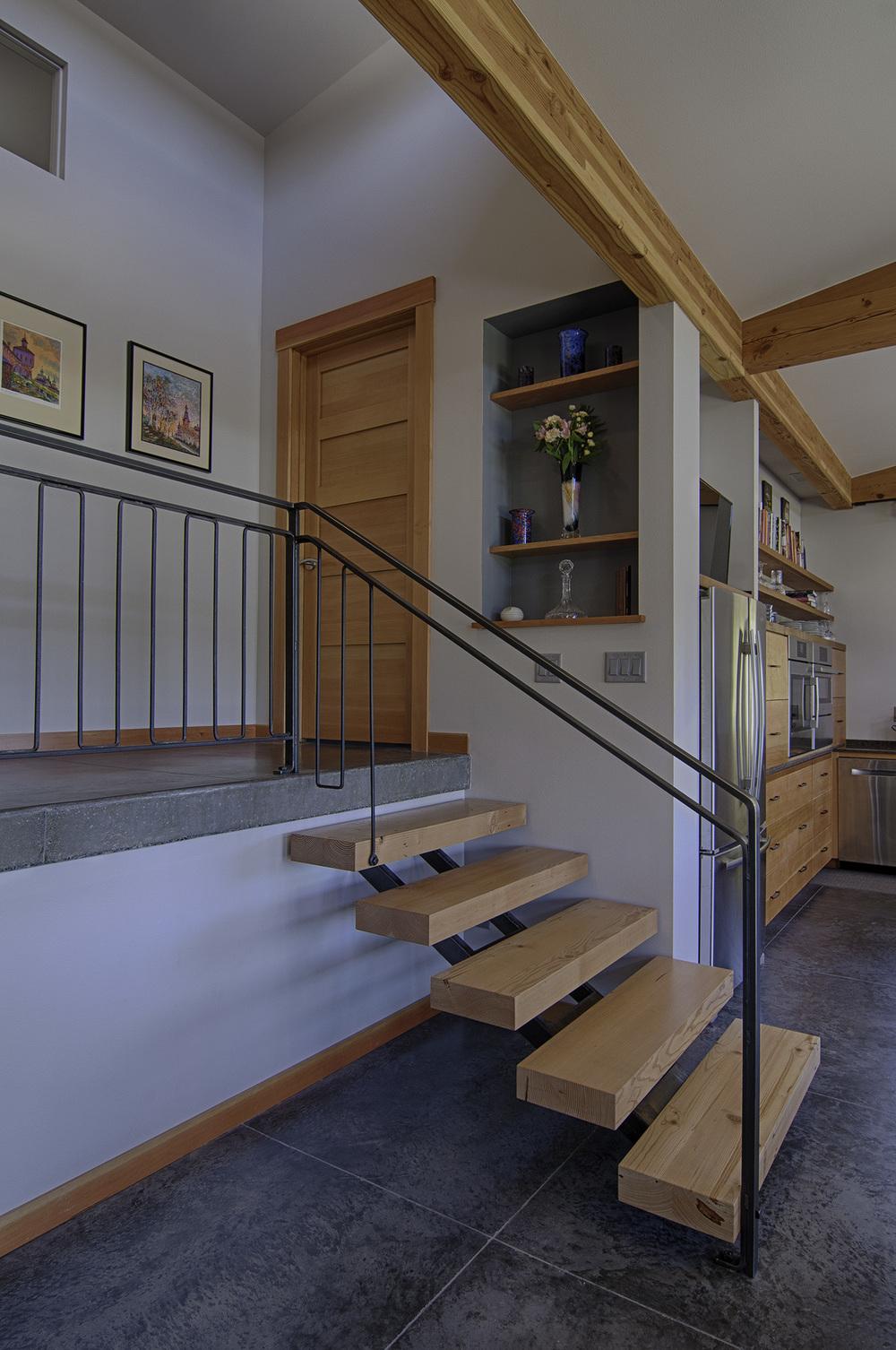 Stairs1a.jpg