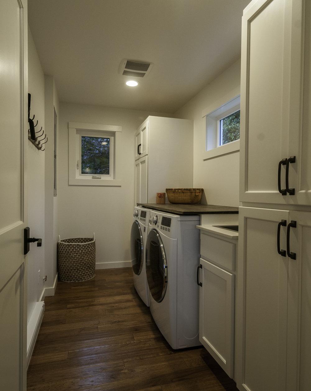 LaundryRm.jpg