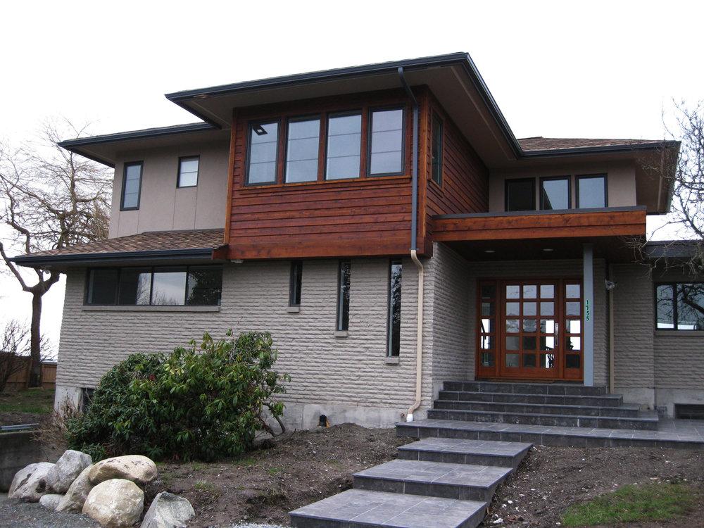 Exterior Entry.jpg