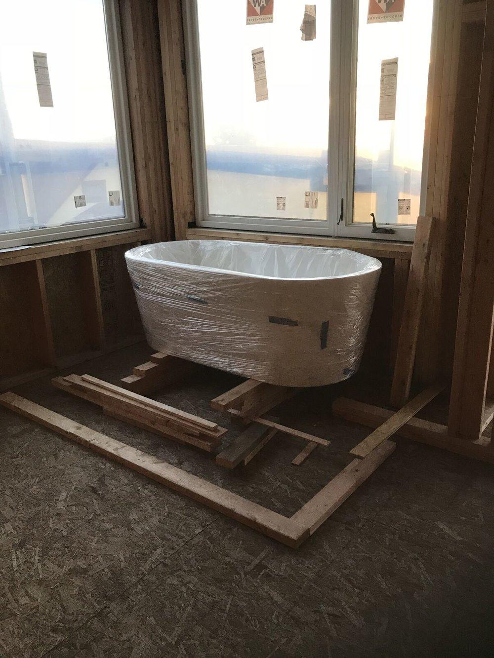 23 the tub.jpeg