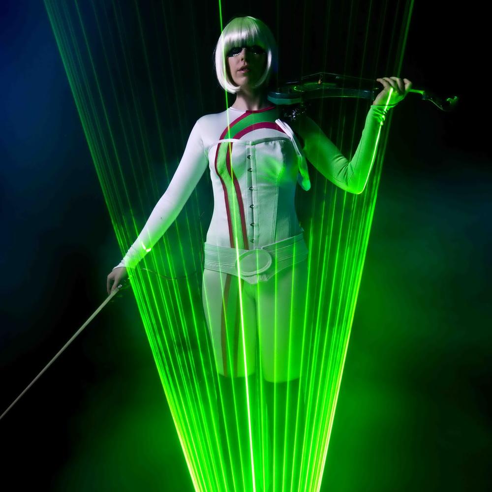 Lunima - laser violinist