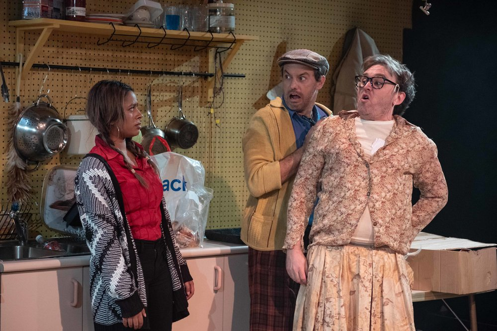 WalworthFarce_KXT_productionimages_clarehawley-112.jpg