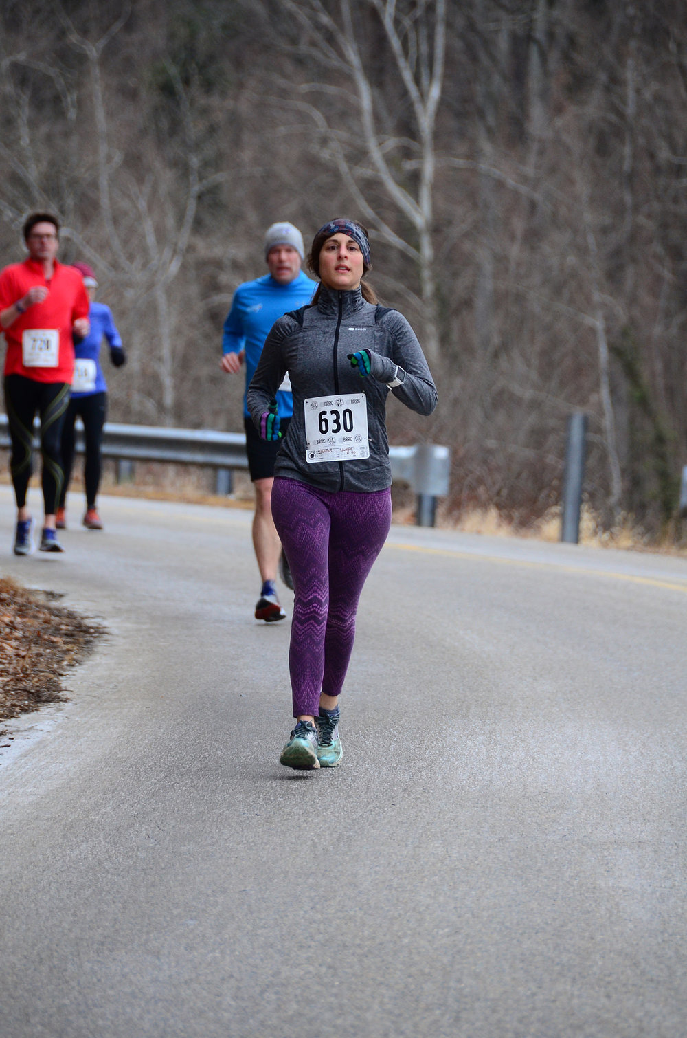 Knocking out the BRRC Loch Raven 8 miler. Photo: Betsy Lyons, Baltimore Road Runners Club